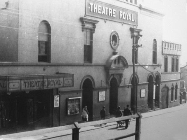 TheatreRoyal_FromthePromenade
